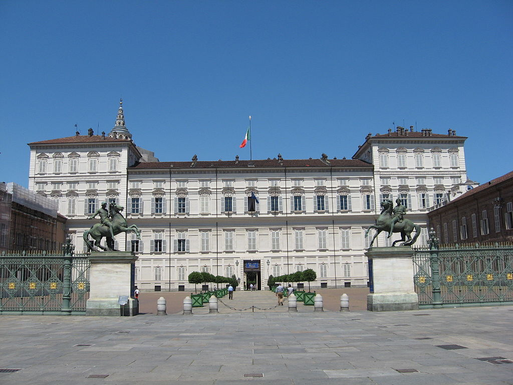 Palazzo reale: the residence of Savoia Family in Turin
