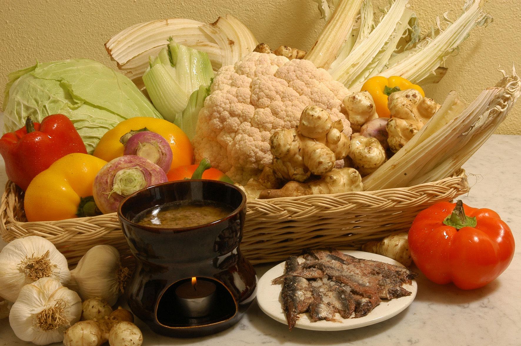 La bagna cauda un tradizionale sapore piemontese dear italy